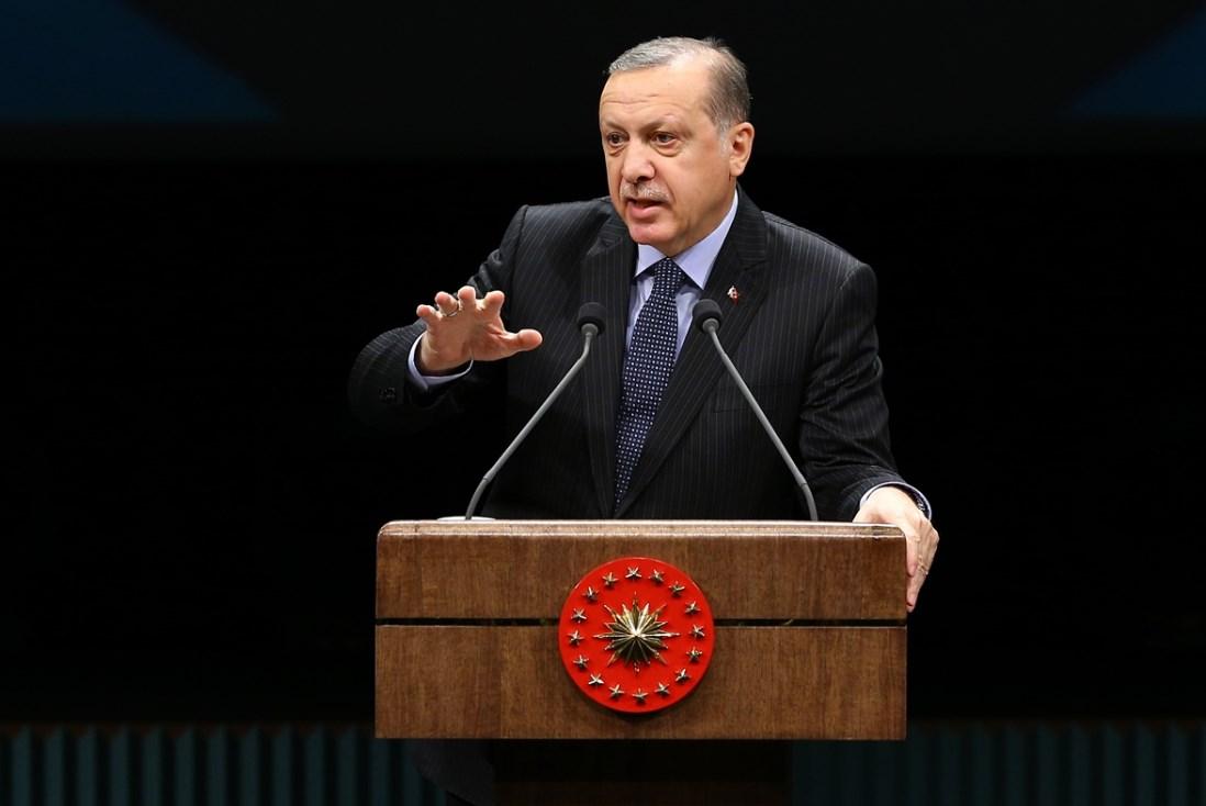 erdogan-b-001.jpg