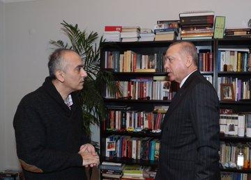 esayan-erdogan-uc.jpg